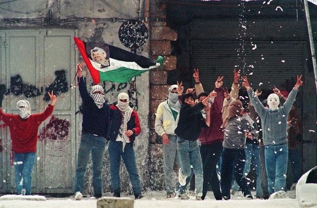 RETRO-ISRAEL-INTIFADA-PALESTINIAN FLAG-ARAFAT